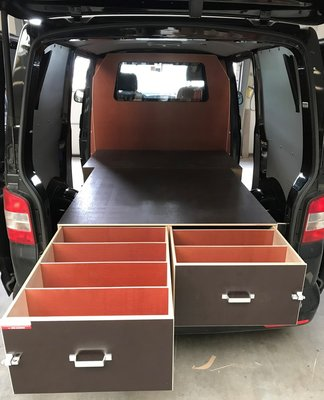 VW Transporter L1